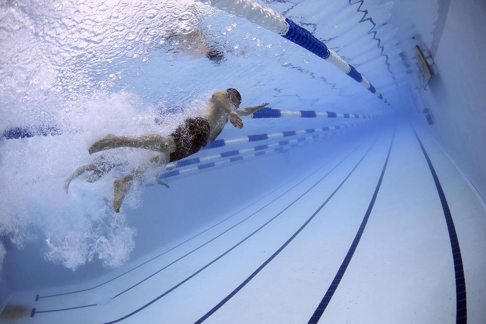 K čemu slouží ruční bazénové vysavače