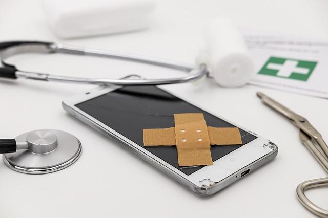 Záchrana dat u telefonu s rozbitým displejem