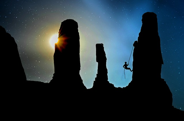 lezec po skalách